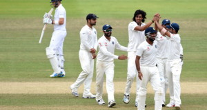 India bowler Ishant Sharma (c) and team mates celebrate during Test match between England and India at Lord's Cricket Ground on July 21, 2014 in London, United Kingdom. |Photo Stu Forster/Getty Images)