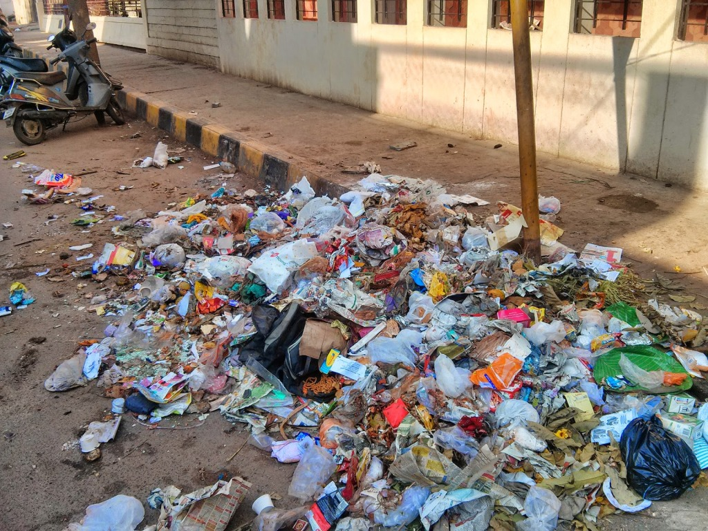 No end to garbage piling up in Bangalore
