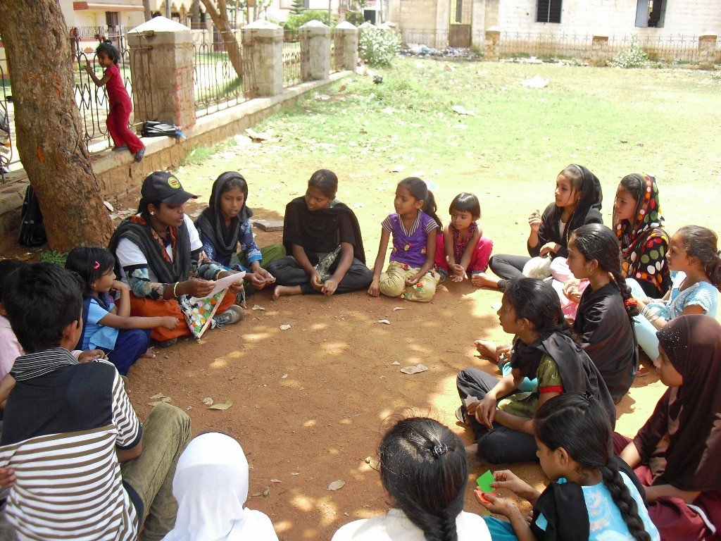 Zaiba Taj, or 'pilelo-didi' as she is known among her mentees, makes it a point to introduce interesting educational games and other sporting activities to make schooling enjoyable for children. (Credit: Roshin Varghese\WFS)