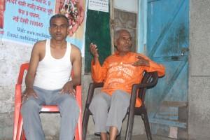 Medicine monk with a patient Kamlesh | Photo: Narendra Kaushik
