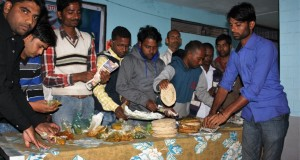 Bundeli Samaj segregating food collected from households
