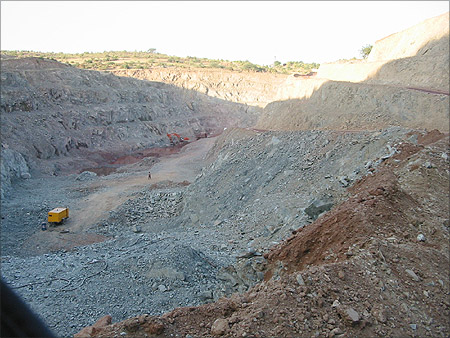 In Karanataka's El Dorado, Former Miners Bite Dust
